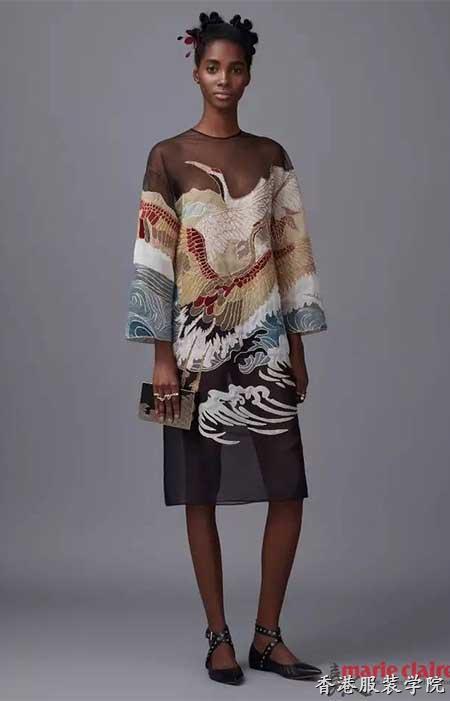 2016秋冬女装图案流行趋势:仙鹤_流行资讯_香港服装