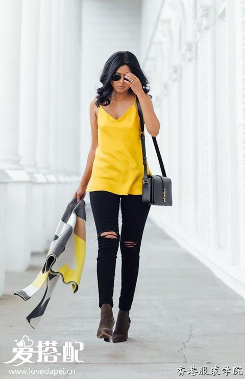 一件黄色的吊带衫搭配