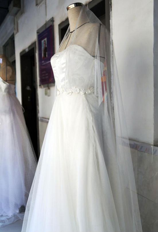 立体剪裁的加工手法 让婚纱站起来