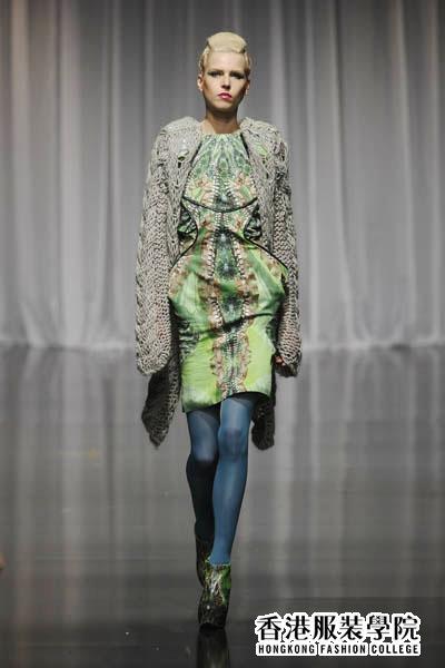 英国服装设计师新秀满分毕业作品集视觉震撼
